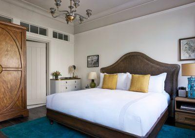COMME_des_GARÇONS_Concrete_NY_hotel